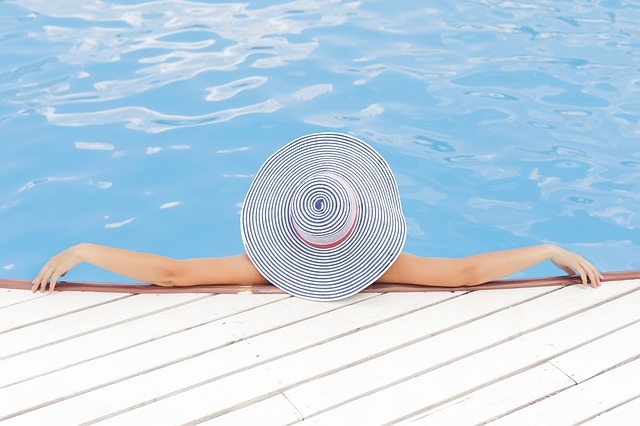 СПА курорты в Европе - отдых в бассейне